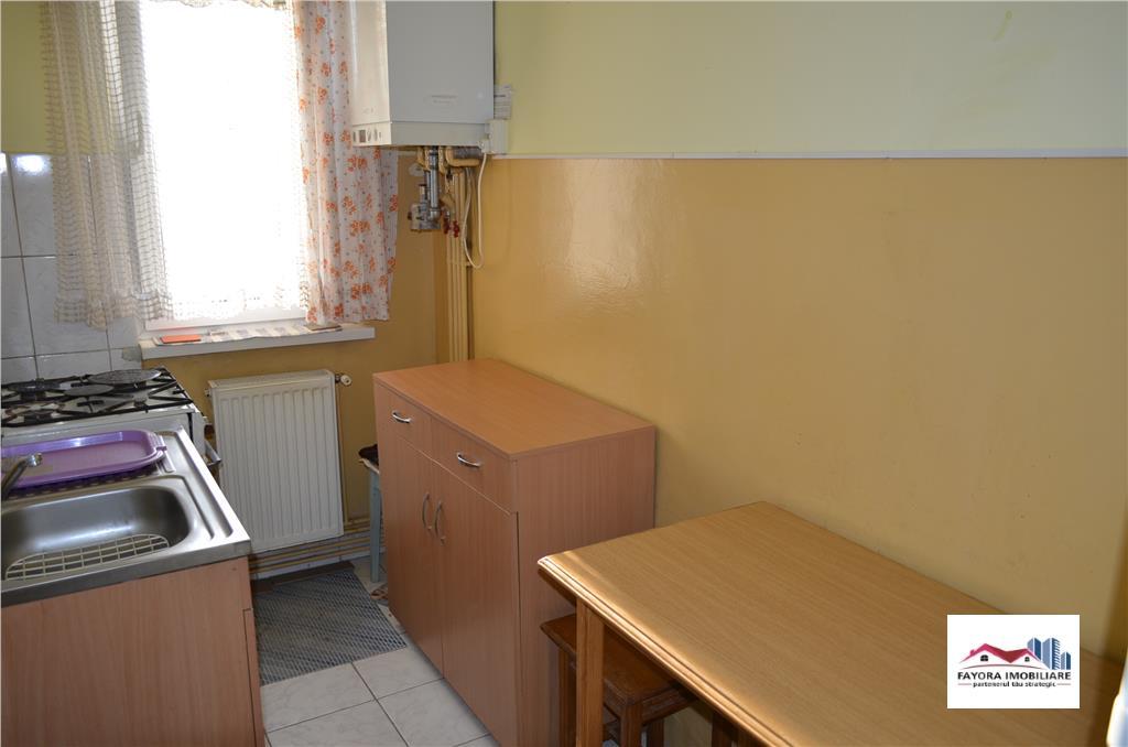Apartament cu 2 Camere de Inchirat in Zona Dambu Pietros