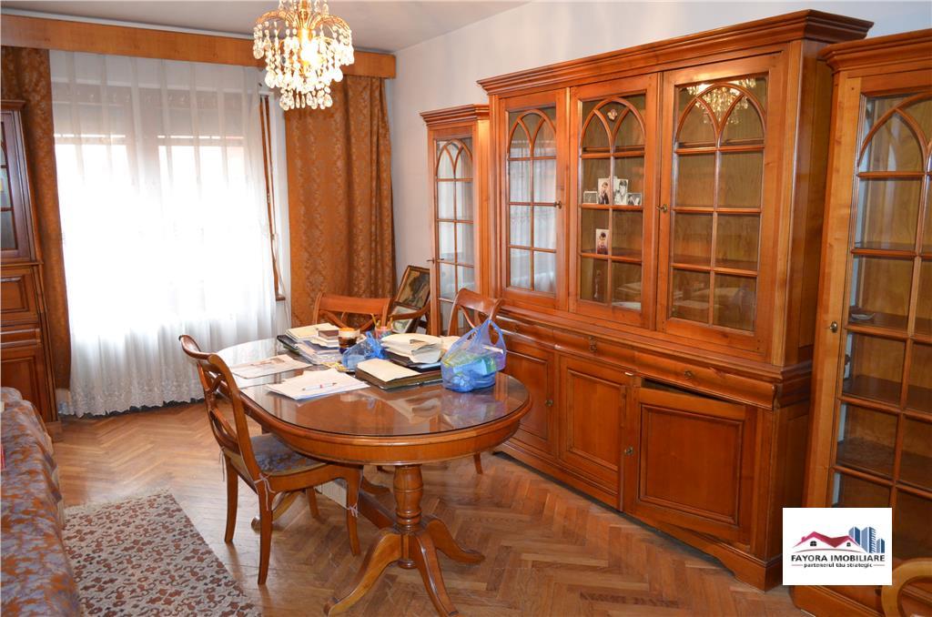 Apartament cu 4 Camere de Vanzare in Zona Fortuna  Tudor
