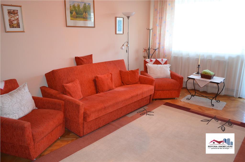 Apartament Mobilat cu 3 Camere de Vanzare in Zona Libertatii