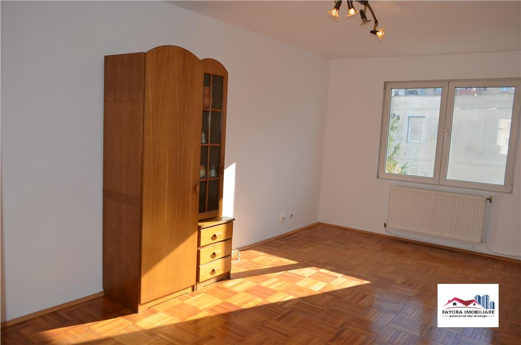 Apartament cu 3 Camere de Vanzare in Zona Fortuna – Tudor