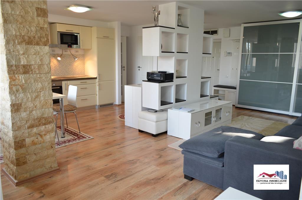 Apartament cu 3 Camere si Garaj de Inchiriat in Zona Semicentrala