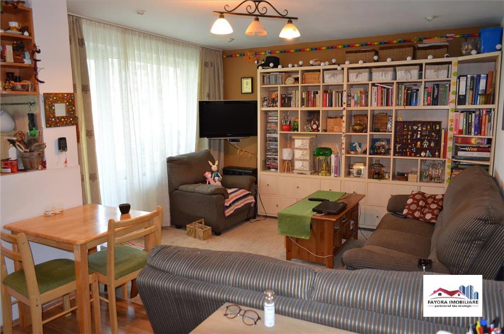 Apartament cu 3 Camere de Vanzare in Zona Tudor
