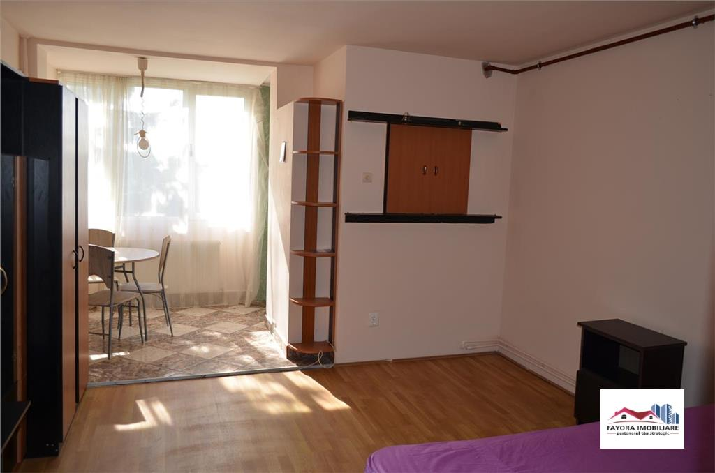 Apartament cu 1 Camera de Inchiriat in  zona Aleea Carpati