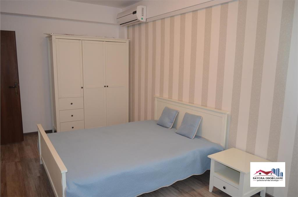 Apartament cu 2 Camere, tip Penthouse de Vanzare in Zona Semicentrala
