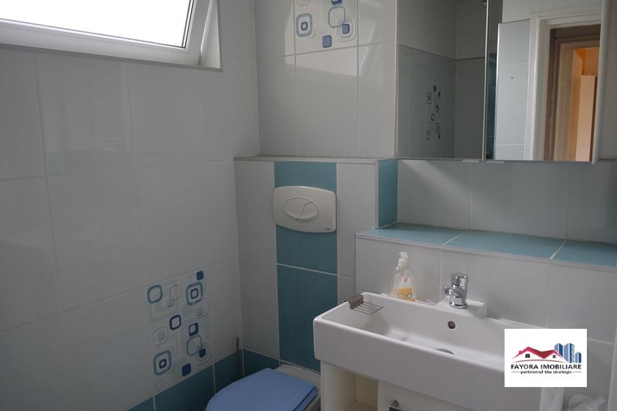 Apartament cu 2 Camere de Vanzare in Zona Aleea Carpati