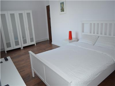 Modern 3 Rooms Apartment for Rent in Ultracentral Area