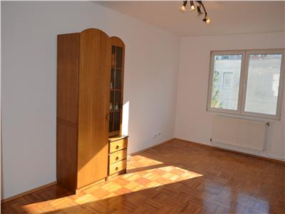 3 Rooms Apartment for Sale in Tudor Area