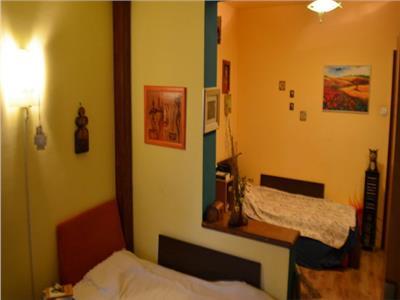 4 Rooms Apartment for Sale in Unirii Area